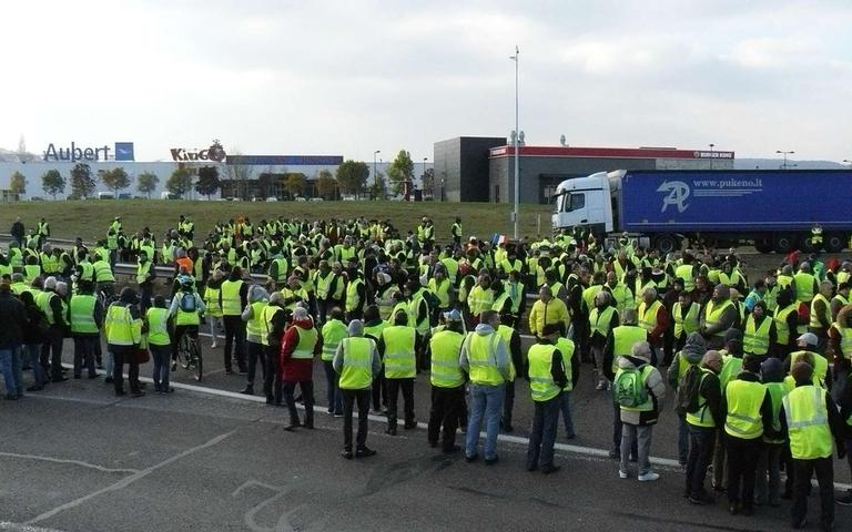 The%20Little%20Heard%20About%20Yellow%20Vests%20Protests%20Are%20Spreading%20World-Wide%u2014Why%20Didn%u2019t%20We%20Know%3F