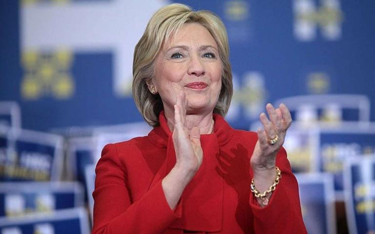 Hillary%20Clinton%27s%20Aide%2C%20Huma%20Abedin%2C%20Had%20An%20Epic%20Reaction%20Over%20Email%20Hacking%20--%20Is%20This%20Debate%20Still%20Relevant%3F